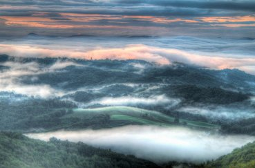The fog rolls away at Grayson Highlands